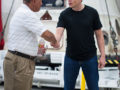 512px-charles_bolden_congratulates_spacex_ceo_and_chief_designer_elon_musk_in_front_of_the_historic_dragon_capsule